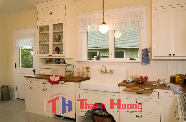 Lựa chọn loại rèm cửa mỏng lửng cho không gian phòng bếp