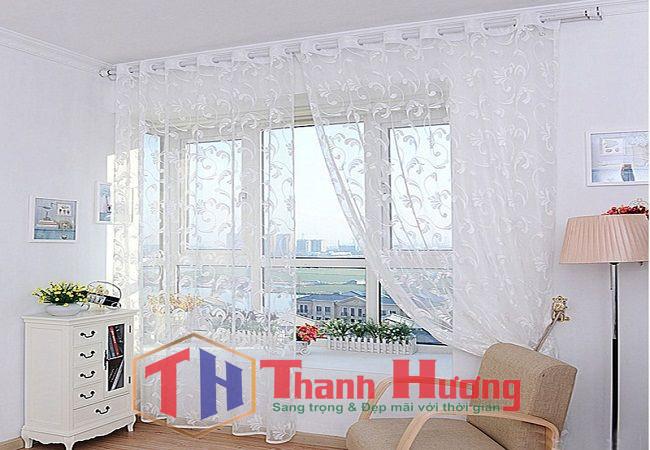 Mẫu rèm bồng bềnh và nhẹ nhàng phù hợp phòng ngủ